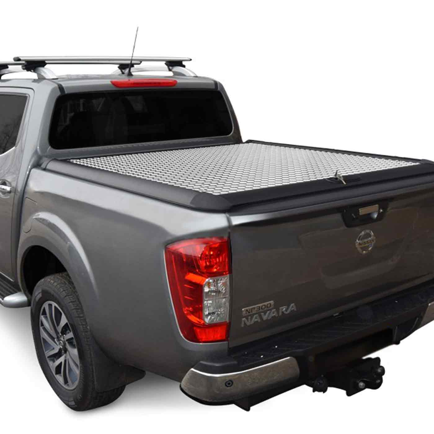 mountain top alu 2 laderaumdeckel nissan navara np300 ab 2015. Black Bedroom Furniture Sets. Home Design Ideas